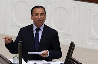 Προκλητικός ο Μποζντάγ: Ανίκανοι οι Έλληνες πολιτικοί