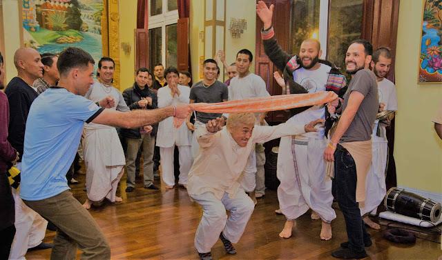 Llega fin de año y con él la celebración de los objetivos alcanzados. La Escuela de Yoga Inbound los invita a disfrutar una noche llena de sorpresas, música y amigos.