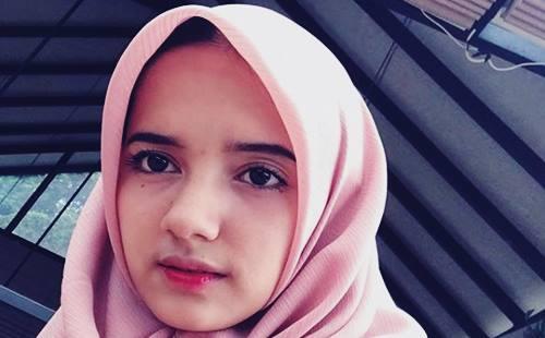 Biodata Rhesma Anissa Si Selebgram Cantik Asal Bogor