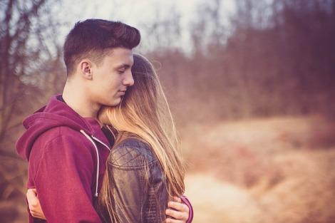 cara agar pacar mau berjuang