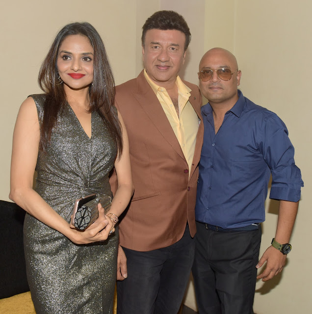 3. Madhoo Shah with Anu Malik and Raja Ram Mukerji