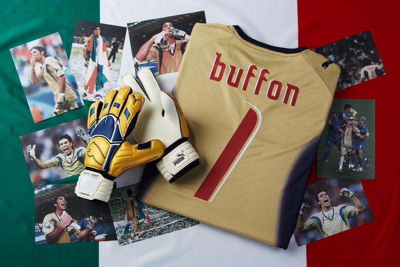 f0f4f42a26 BUFFON 2006 2016 - edizione speciale dei guanti PUMA V-Konstrukt GK a 10  anni dalla vittoria mondiale !