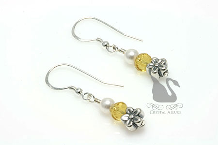 Swarovski Pearl Yellow Daisy Beaded Earrings (E259)