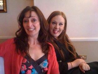 Foto Adele dengan Ibunya Penny Adkins