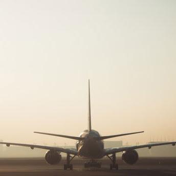 Panduan Anti Bingung Untuk Kamu Yang Baru Pertama Kali Naik Pesawat