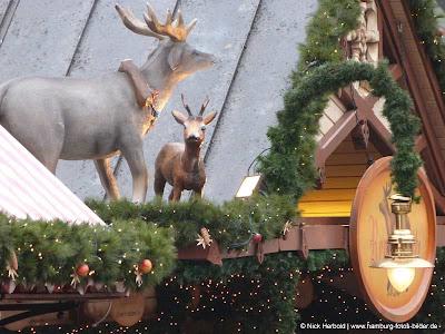 Dekoration Weihnachtsmarkt Hamburg Rathaus Rathausmarkt