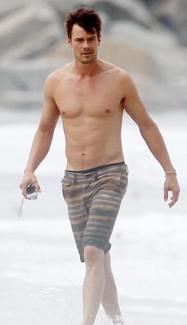 Beautiful Hairy Men: Josh Duhamel  Josh Duhamel