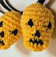 http://www.ravelry.com/patterns/library/tiny-crochet-skull