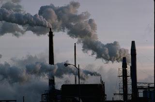 La contaminación de estas chimeneas tiene varias caras. No todo es lo que parece.