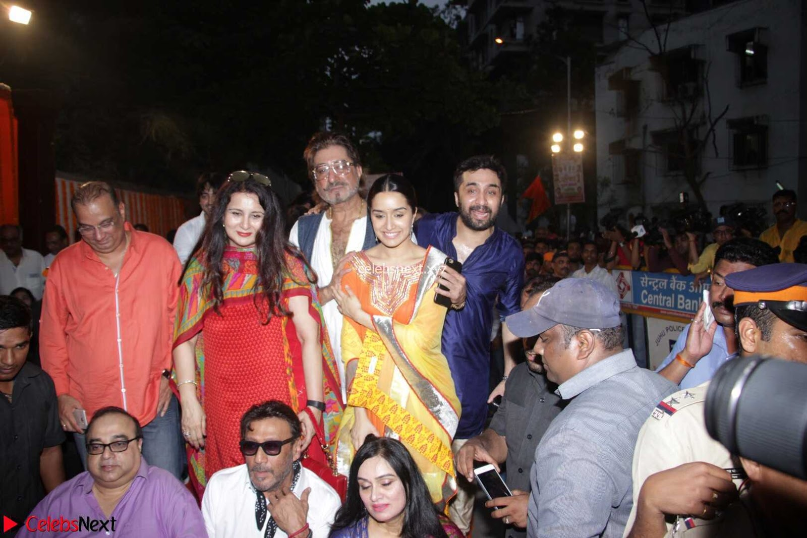 Sharadha Kapoor with Padmini Kolhapure and other Bollywood Celebs at Inauguration Of Pandit Padharinath Kolhapure Marg 28th March 2017