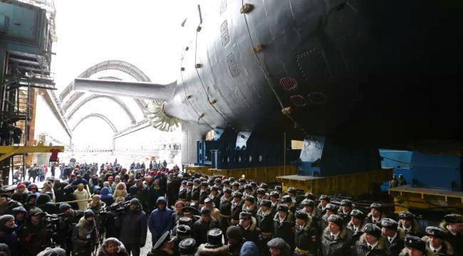 Peluncuran Kazan, kapal selam kedua kelas Yasen