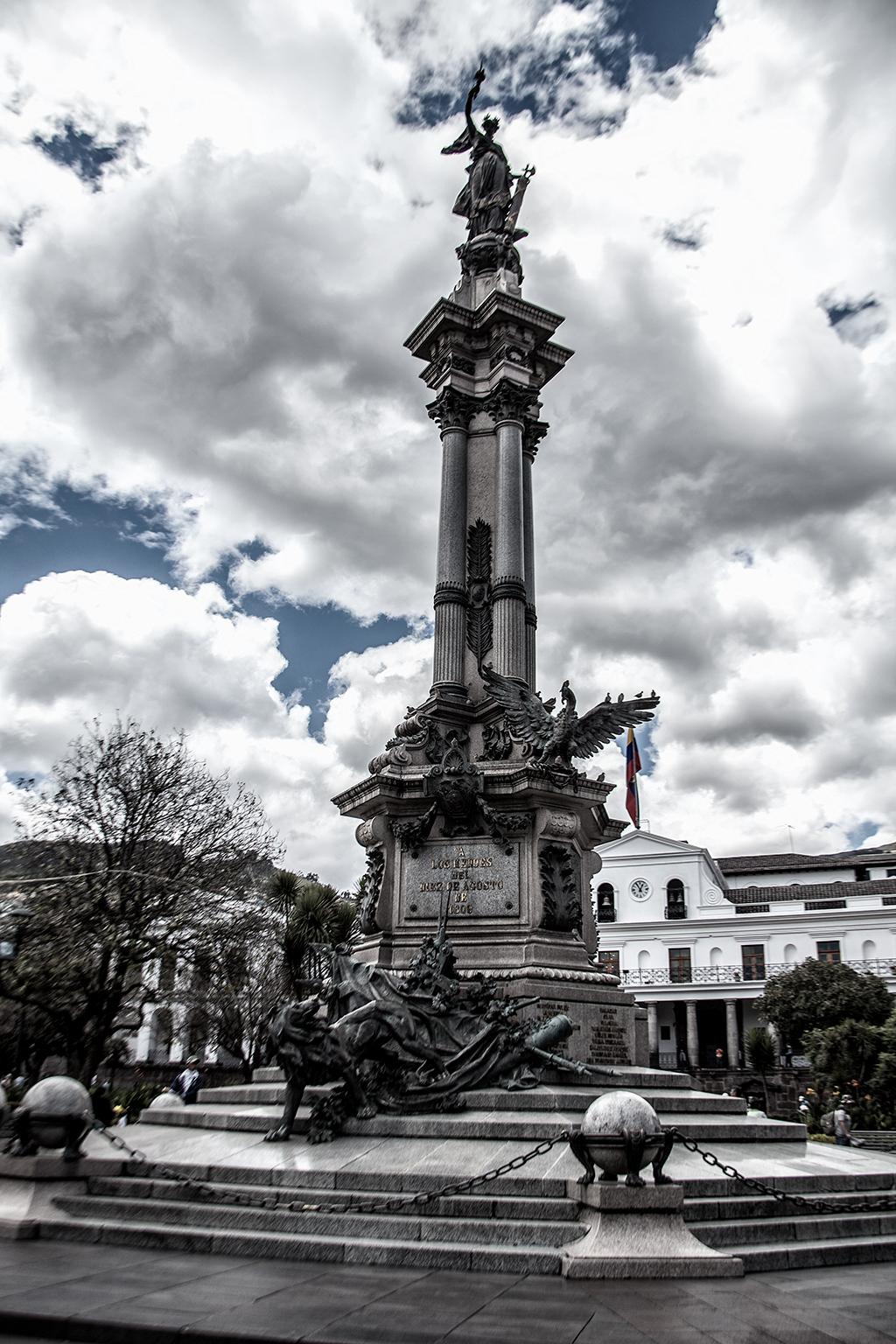 Monumento a los Héroes del 10 de Agosto de 1809, Quito, Ecuador