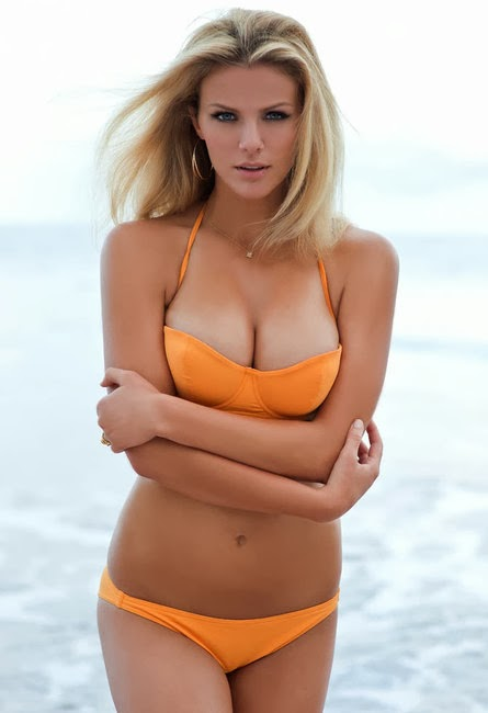 Brooklyn Decker - Model Bikini Terseksi