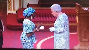 Nigerian Lady Bukola Bolarinwa was given awards by Queen Of England
