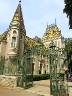 Cave Du Chateau Corton-Andre Burgundy Cote d'Or France