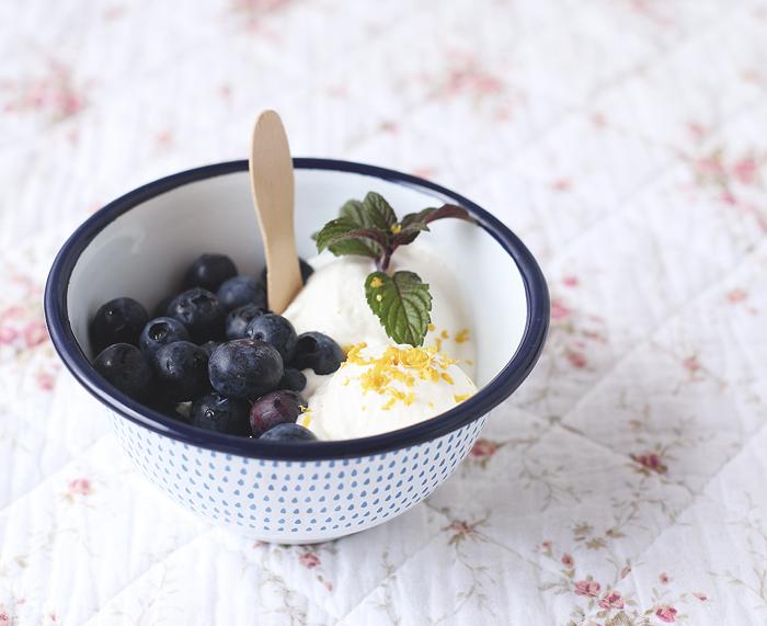 Zitrone Zitronen Frozen Yoghurt Blaubeeren Sommer Sonne