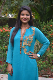 Aishwarya-Rajesh-Latest-Stills