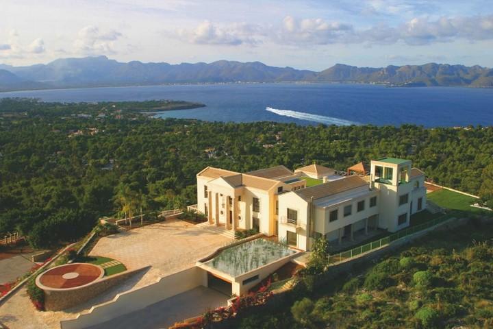 The Cielo De Bonaire Just A Little 70 Million Hilltop Villa In Mallorca For Sale If Its