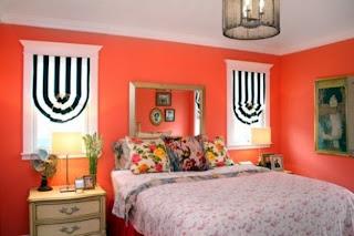 Habitación paredes naranjas
