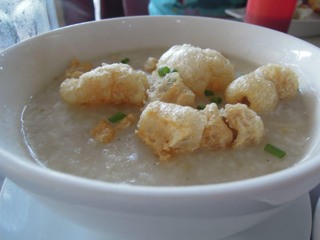 Goto topped with chicharon at Bigg's Diner in Legazpi City, Albay