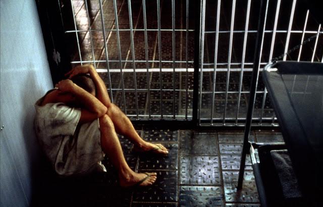 Theo thống kê, các tù nhân bị biệt giam ở California (Mỹ) có nguy cơ tự tử cao gấp 33 lần so với tù nhân thông thường. Đáng lo hơn, nếu quá trình biệt giam kéo dài quá 15 ngày