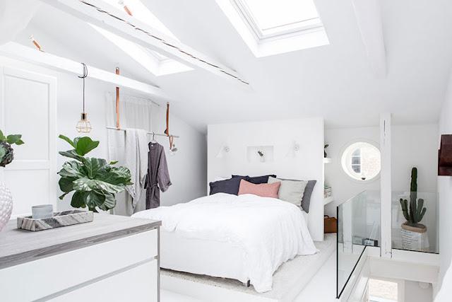 Apartament pe două niveluri, luminos, delicat și feminin, cu o suprafață de numai 51 m²