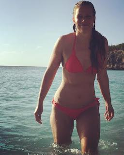bikini, nainen, meri, ranta, vesi, bond-tyttö, vartalo, seksikäs, onnellinen, rento, hyvinvointi