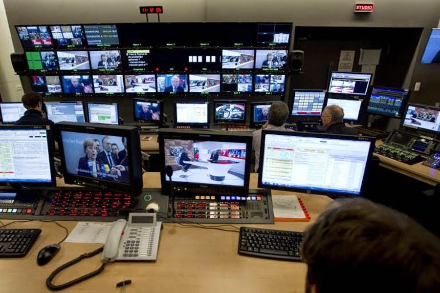 Λιγότερα και ελεγχόμενα ΜΜΕ θέλει η τρόϊκα