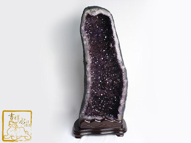 紫水晶洞帶鈦晶