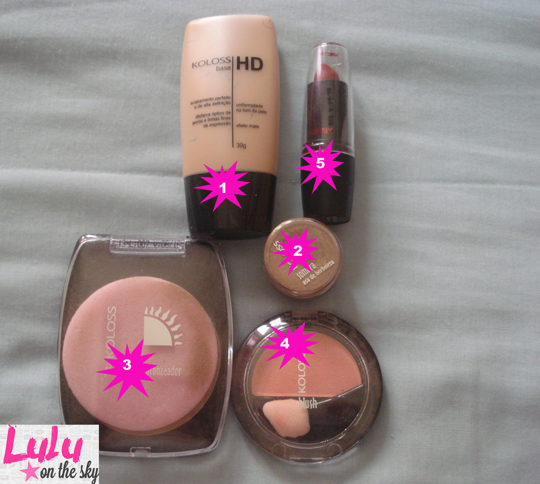 Kit  de maquiagem com produtos da Koloss: