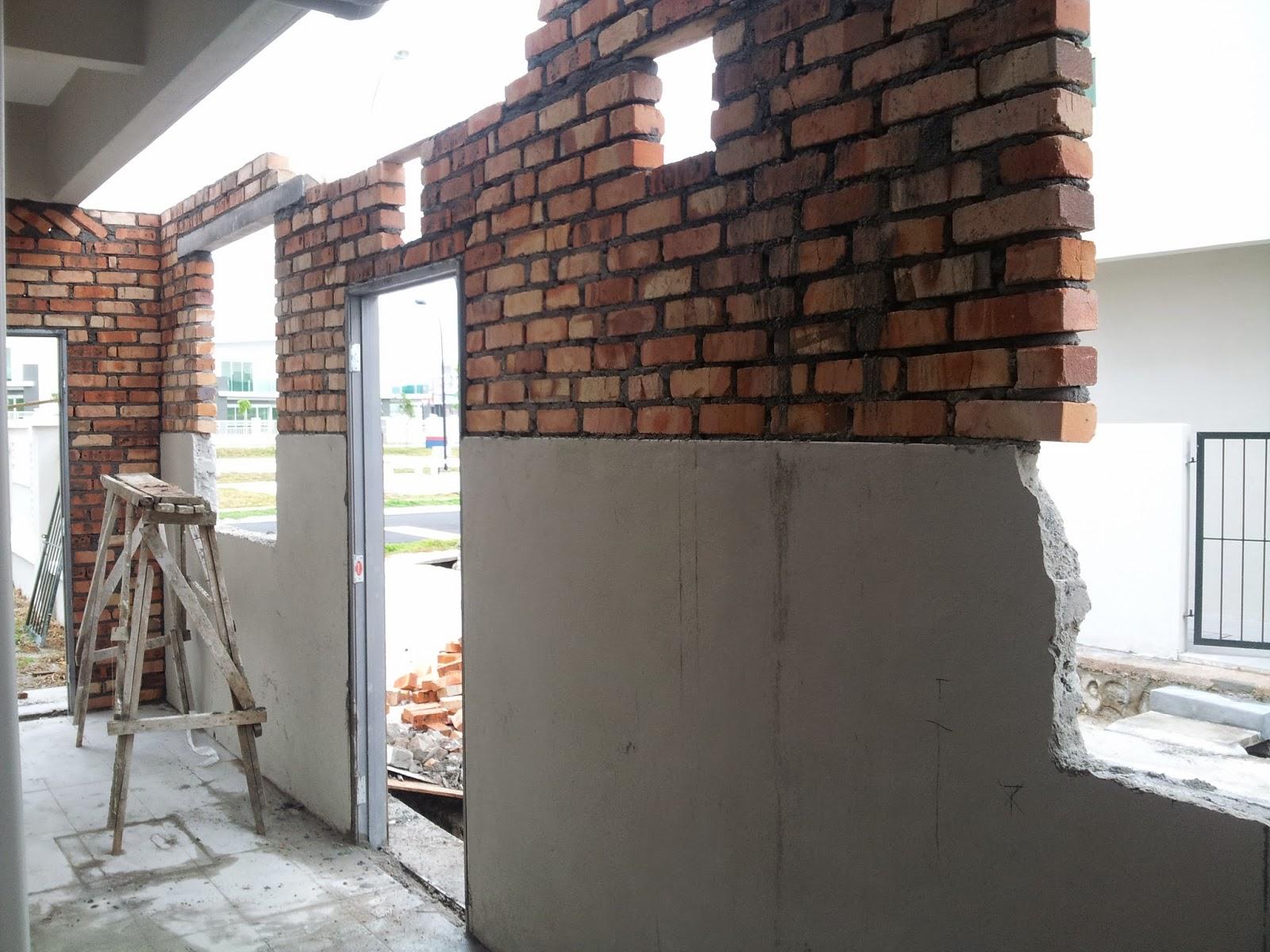 Asalnya Belakang Rumah Adalah Seperti Di Atas Kira Dah Ada Asas Bata Dan Dinding