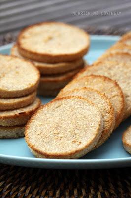 coconut_cakes_AIP_PALEO