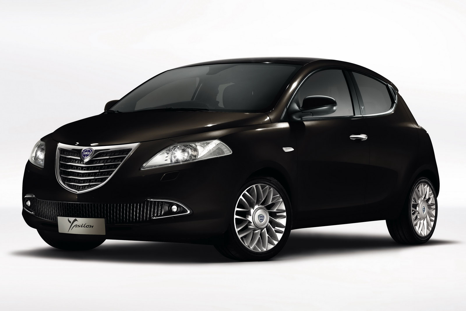 car design scoop scoop et dernieres infos automobile nouvelle lancia ypsilon 4 de 2011. Black Bedroom Furniture Sets. Home Design Ideas