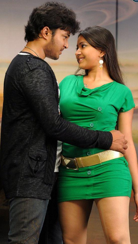 Manadesi Beautyfull Actress Saira Banu Latest Hot Sexy