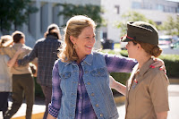 Edie Falco and Edie Falco in Megan Leavey (4)