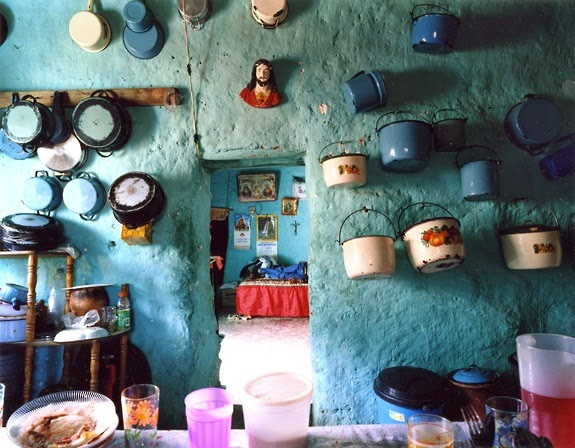Moon to moon turquoise kitchens for Mexican home decorations