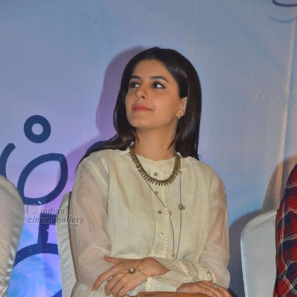 Isha Talwar latest photos from Meendum Oru Kadhal Kadhai Movie Press Meet