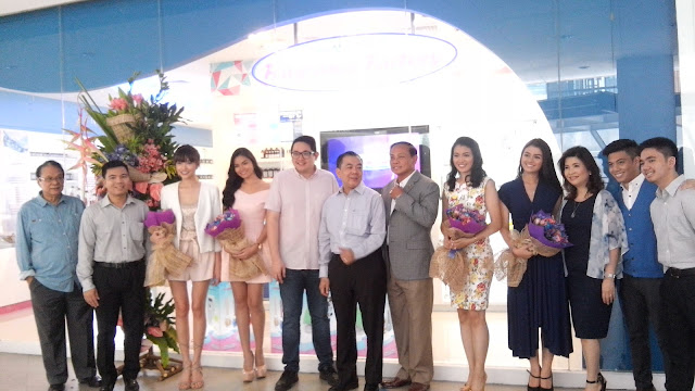 "Officers and owners with special guests- Hon. Senator Paolo Benigno 'Bam"" Aquino IV, Hon. Congressman Leopoldo N. Bataoil, endorsers Asia's Next Top Model Season 4 Finalist Julian Flores, newest Brand Ambassador Ferica Medina, 2015 Teen Earth Philippines Julieane ""Aya"" Fernandez and GMA7 Talent/ Actress Lindsay De Vera."