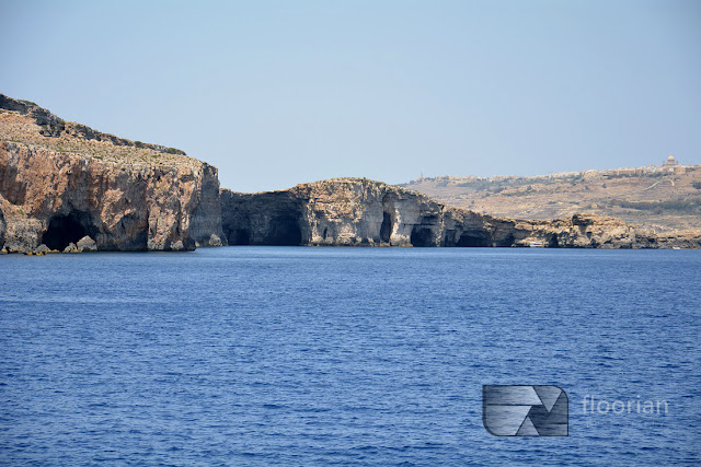 Malta, Comino - Blue Lagoon to jedna z najbardziej malowniczych zatok w rejonie Morza Śródziemnego i jedna z największych atrakcji Malty. Miejsce, które trzeba zobaczyć na Malcie! atrakcje dla dzieci na Malcie, ciekawe miejsca na Malcie, darmowe atrakcje Malty