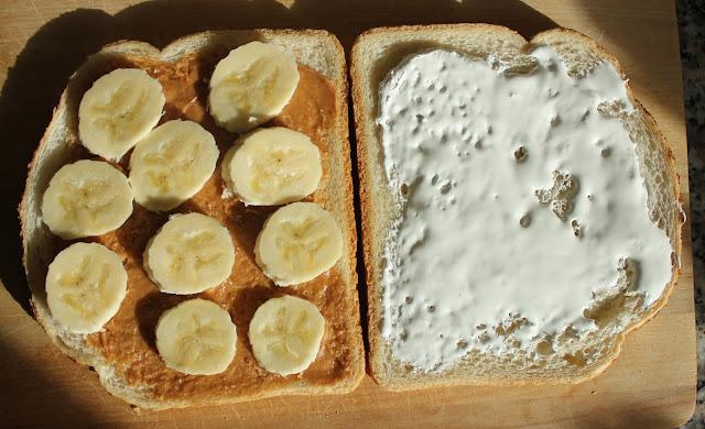 IMG 2179 - Recept: Tosti met Pindakaas, Banaan en Marshmallow Fluff