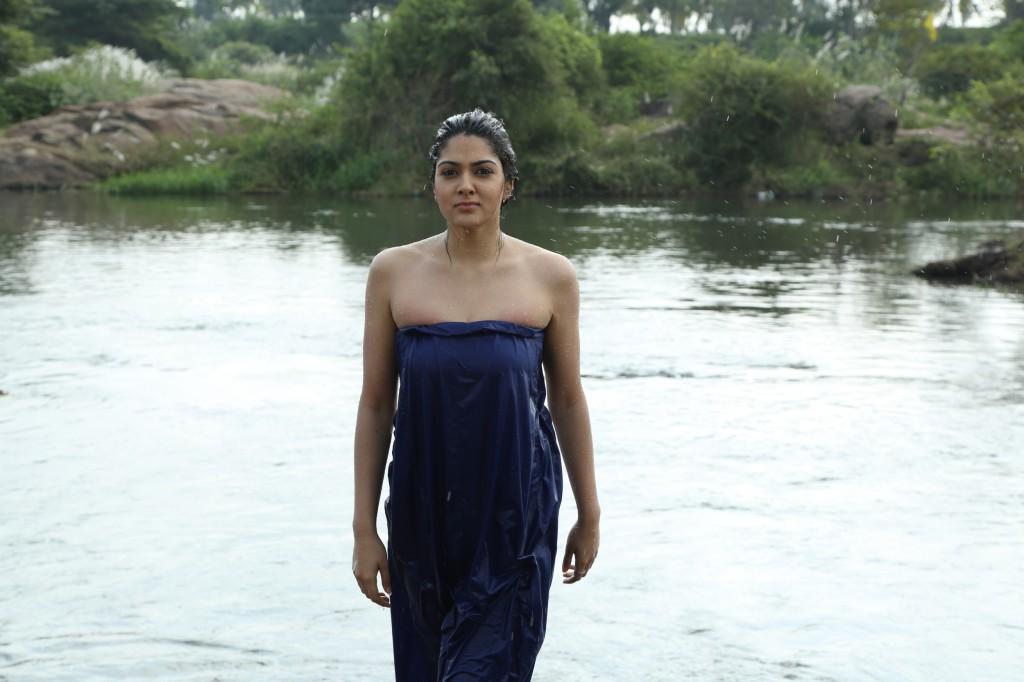 Sakshi Chowdary From Aayirathil Iruvar Movie Spicy Hot Stills