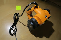 Hobel hinten: Defort DEP-900-R Elektrohobel 900 W, Falzfunktion, Spanauswurfsystem