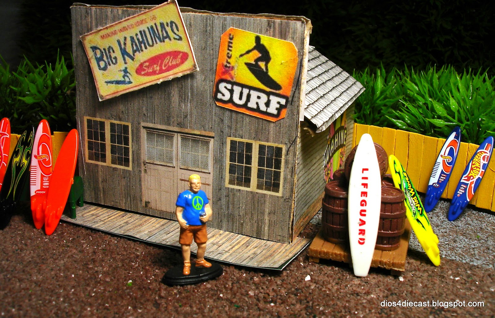 diorama fun surf shack. Black Bedroom Furniture Sets. Home Design Ideas