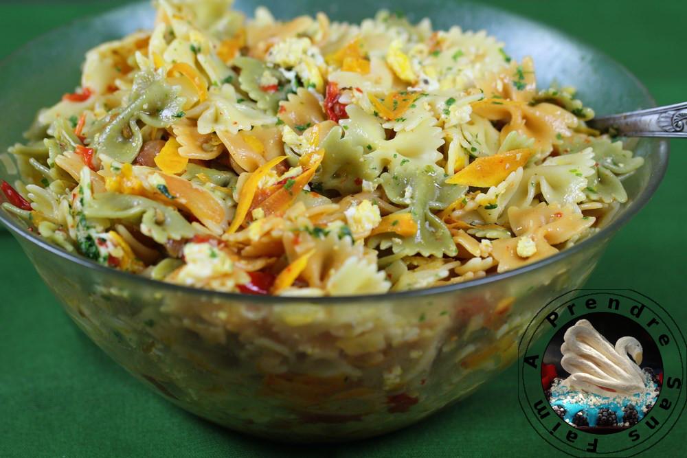 Salade de pâtes froides aux légumes poêlés