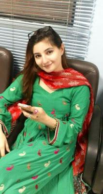 Alia Khan Cute Girl