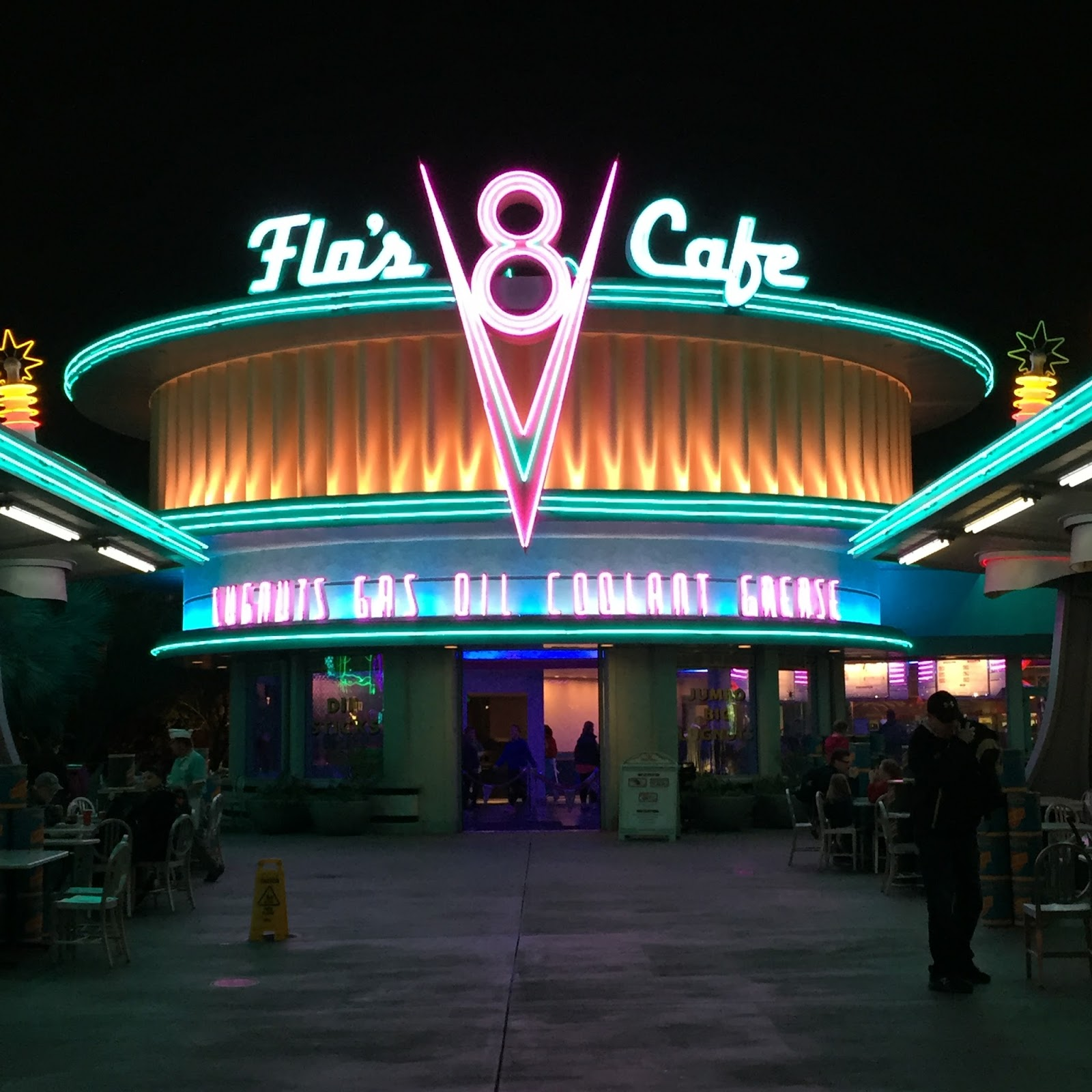 Flo's Cafe in Cars Land