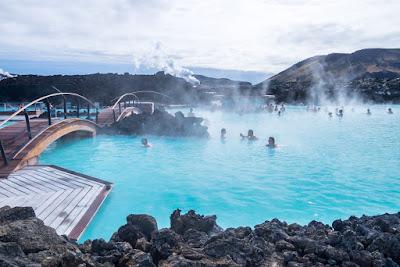 Aguas geotermales del Blue Lagoon