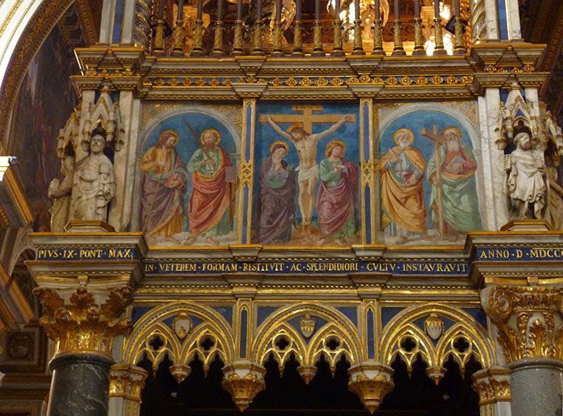 Baldaquino da catedral de Roma