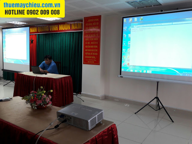 Cho thuê máy chiếu họp ở hội trường UBND phường tại TpHCM