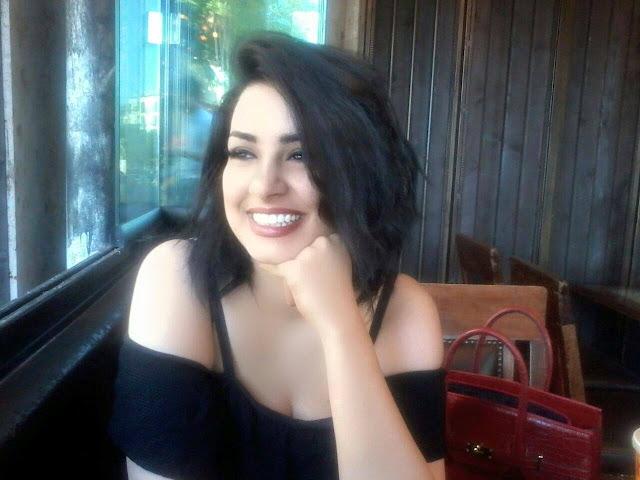 سارة فرح السيرة الذاتية وحساباتها على مواقع التواصل الاجتماعي